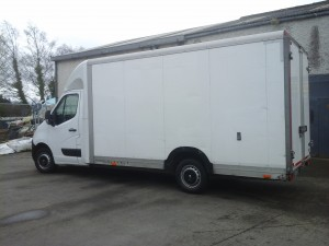 Lowloader Box-Body Van for the largest aparment and house moves and large office moves