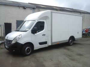Large box back van for three bedroom house moves