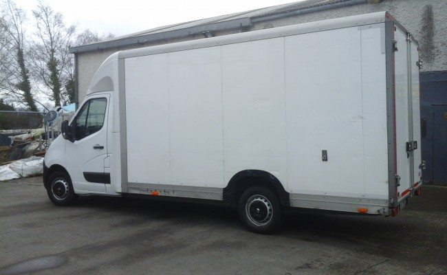 Lowloader Box-Body Van for Large Office Removals