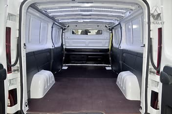 Renault Trafic Inside - Capacity for Small Home Moves