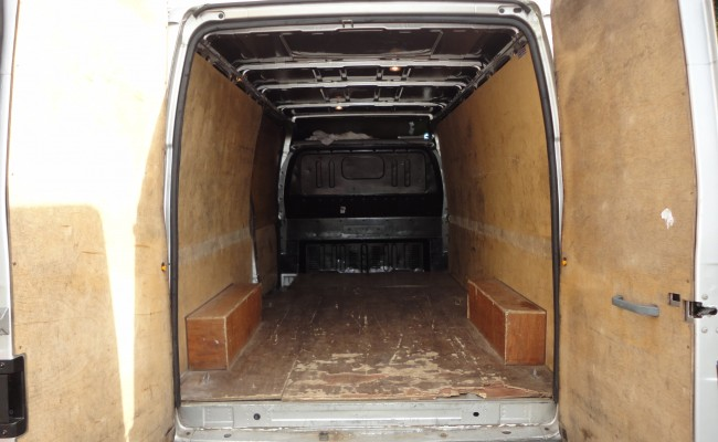 Spacious Large Van for apartment and house moves in Dublin and All-Ireland