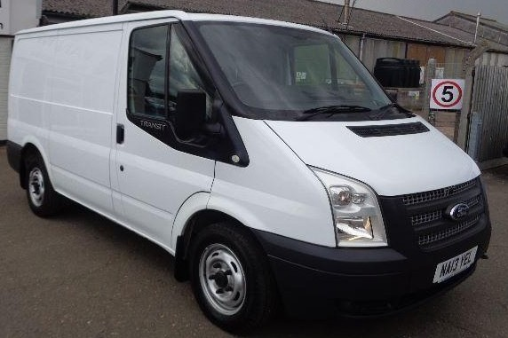 Ford Transit short wheelbase, low roof - Small Van for small moves