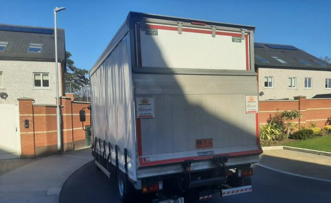 Luton Van with Tail-Lift for easy loading of large, heavy items